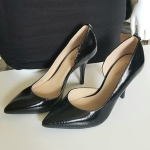 New! MICHAEL KORS Pumps Size 5